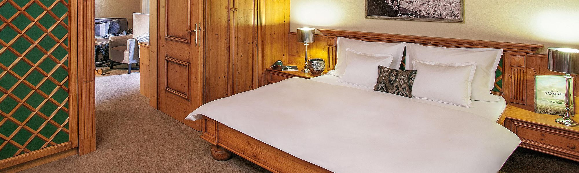 Comfortably furnished in a Tyrolean style
