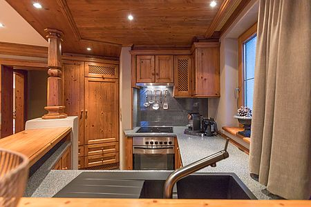 """Large kitchen in the """"MountainChalet Deluxe"""""""