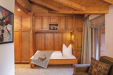 Gemütlich eingerichteter Wohnschlafraum, ideal zum Zubuchen bei größeren Familien