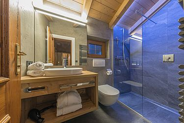 Modern bathroom for your vacation comfort