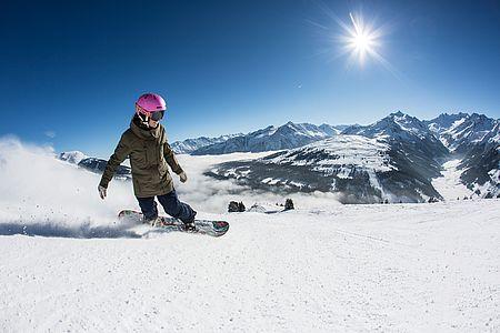 Snowboarding in the Zillertal Arena